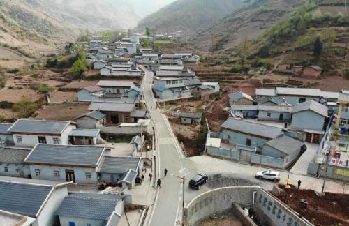 中国贫穷人口_世界贫困人口 版图 中国如何成为全球脱贫最好案例